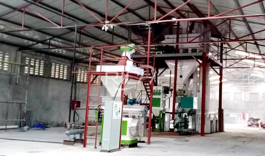 Papua New Guinea 1-2T/H Chicken Feed Pellet Processing Plant
